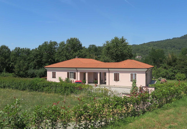 Villa indipendente con giardino di 3.000 mq